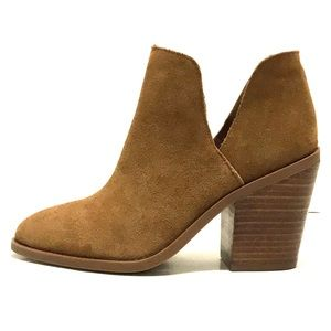 "997418cea76 Steve Madden Shoes - Steve Madden Booties "" AKER """